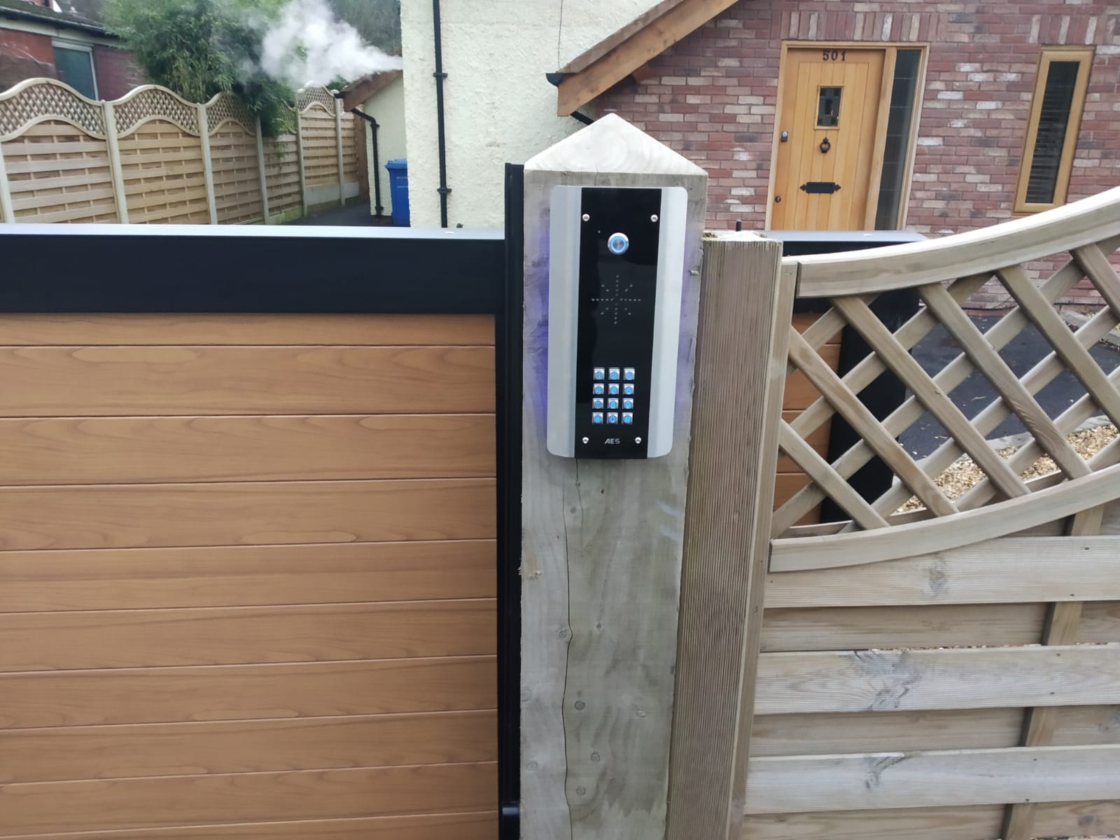 Intercom for aluminium sliding gate