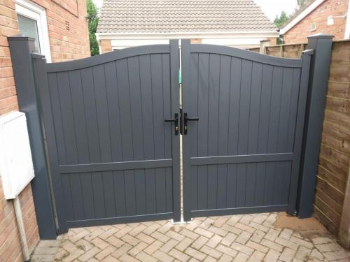 Aluminium side gate in anthracite